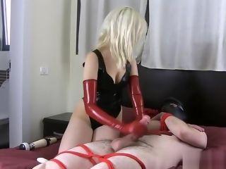Crimson spandex mittens