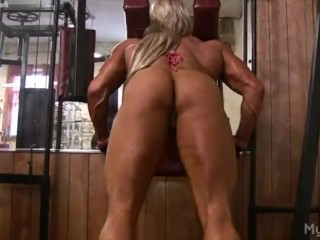 Sissified Bodybuilder Masturbates say no to Clit adjacent to rub-down the Gym