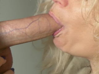 Tinder rendezvous cougar close-up oral pleasure and spunk on face