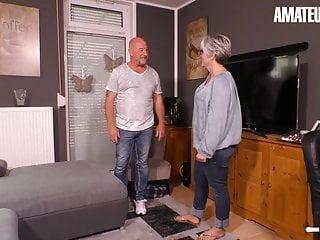 Hausfrau Ficken - German wifey Cheats On spouse With Neighbor