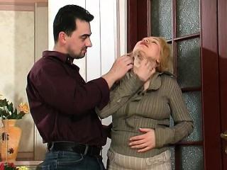 Insatiable mature chick finger-tickling her twat