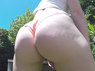 Phat ass white girl pisses Through swimsuit Outdoors