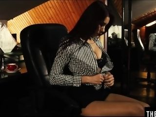 'Watch her flawless funbags shaking as she has an climax on her desk'