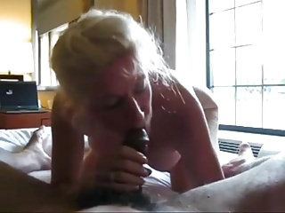 Grannie enjoys dark-hued pouch 01