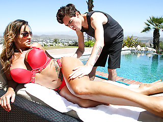 Bodacious cougar Aubrey ebony Makes Out With The Pool stud