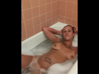 Jayla Wylde Bathtub time eon 2