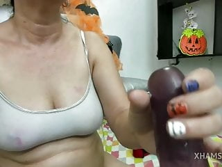 Spanish web cam chick deep-throats faux-cock