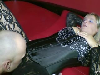 ?�?2 GERMAN cougar female dom youthful man AND LET HIM jizz ON FEETS