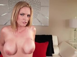 Rachael Cavalli is a boning platinum-blonde cougar we all like to watch having hot hook-up sessions