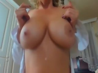 Super-sexy cougar With ideal bod stroking On web cam