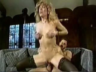 Sumptuous and insatiable light-haired mummy enjoys hard-core bang-out with her youthfull paramour