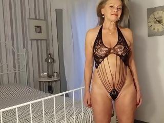 Mature female in a fabulous lace figure