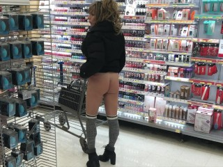 Unbelievable cougar booty IN brief miniskirt IN DEPARTMENT supermarket