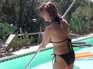 Grandmother wank in swimming pool