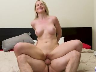 Kit Mercer banged - MilfTrip