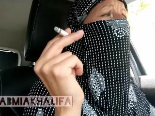 Muslim gal in hijab Smoking first-ever time in van