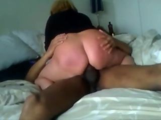 Tart cuckold wifey with gigantic donk likes to rail her gigantic black cock paramour