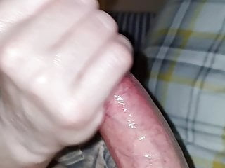 Late night oily greased hand-job from wifey