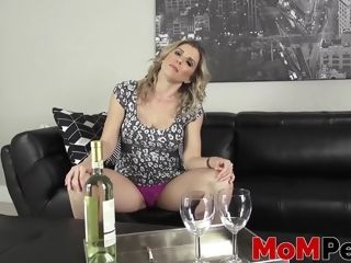 Big-busted stepmom Cory hunt fucked unchunclutterednging by uncluttered stepson