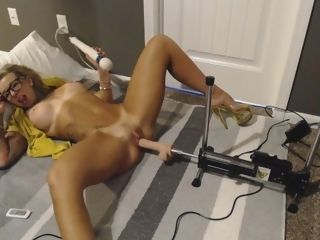'Being a fine wifey while parent is gone eyeing porno and getting fucked'
