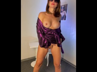 Sizzling mummy with XXL bosoms dancing striptease - rate my uber-sexy dance