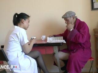 Torrid older freak Asks His chinese Nurse