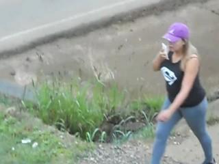 Cougar IN GYM LEGGINS ambling HER XXL bumpers!
