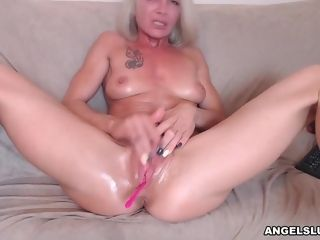 Aroused smooth-shaven Mature Wants To Taste Your jizz