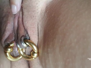Nippleringlover tugging & finger-tickling pierced poon fumbling pleasure button & meaty pierced puffies close up