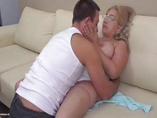 Mature mommy Hungarian
