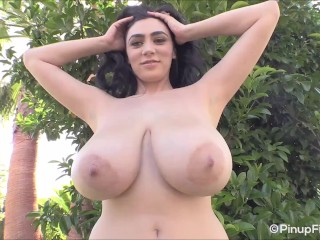 'Feels super-fucking-hot eyeing Luna Amor demonstrating her good-sized pair of melons'
