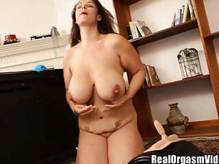 Raquel Raxxx meaty Bazonga cougar Sybian rail