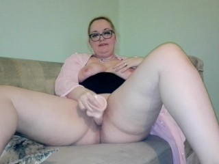 'Huge fake penis In My pinkish And Tight muff [Screaming Orgasms]'