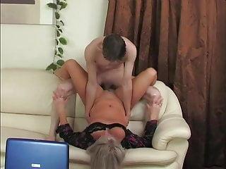51yo lady-boss Elena recruits through humping