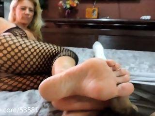 Mother foot wank Fetish