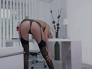 Towheaded dame manager Lena enjoy Has an Office climax in Stockings