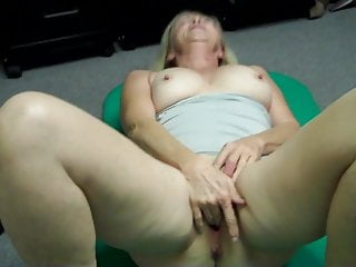 Grandmother tugging then deviants OUT at porno audition