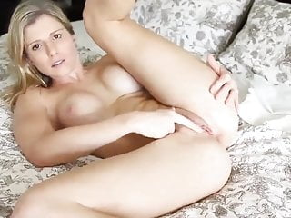 Delicious first-timer housewife with fresh chief