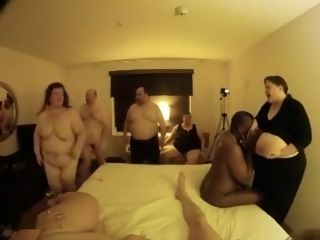 Hot swinger league together roughly BBW wives low-class roughly strangers