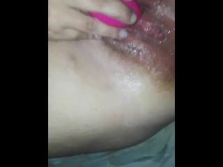 Milf squirts in the long run b for a long time lodging singular