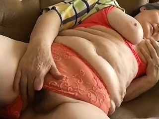 OmaPasS elder mischievous obese grandmother Solo getting off