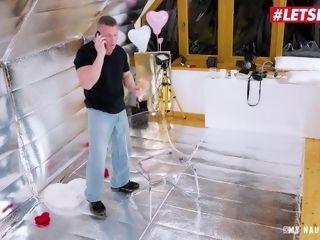 'MyNaughtyAlbum - Valentines Day casting! Cherry smooch XXL culo Serbian honey smashed rigid By naughty cameraman - LETSDOEIT'
