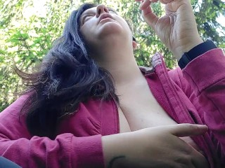We smoke a ciggy together in a public garden while I demonstrate you my thick bumpers