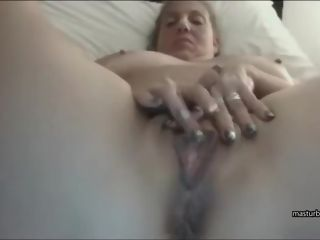 Motel solo Dutch plus-size mommy Lindsey