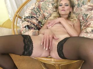 Platinum-blonde sweetheart pounds Her coochie With A hitachi