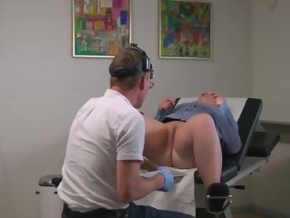 Red-hot plus-size obgyn examination