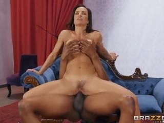 Loves xxx bi-racial romp With With Lisa Ann And Isiah Maxwell