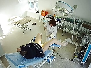 Covert camera in the gynecological office (4)