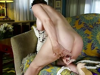 Ass-fuck luving mature doll ravages her tight tiny butt-hole