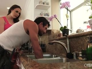 Chanel Calls Her Plumber For A great rod Cleaning